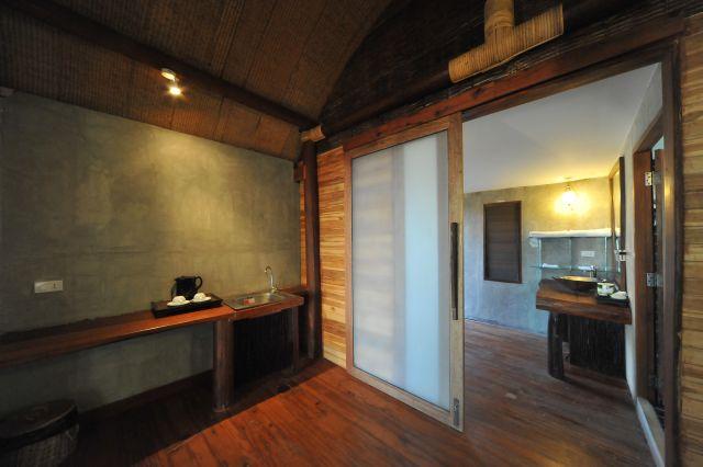 cinnamon-art-resort-apr10-09