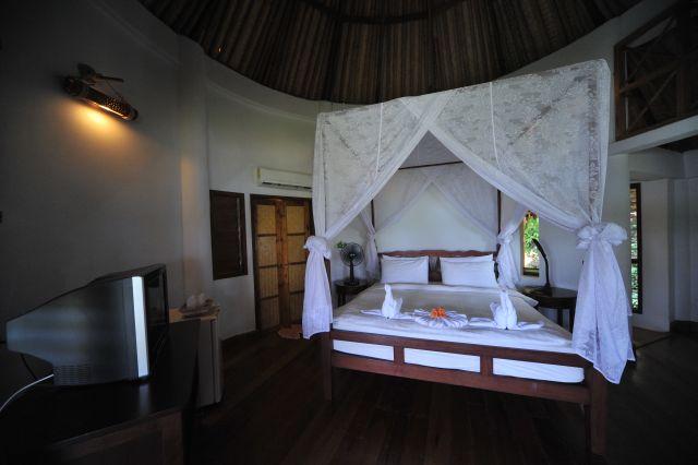 cococape-resort-apr10-03