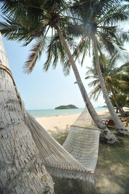 holiday-beach-apr10-13