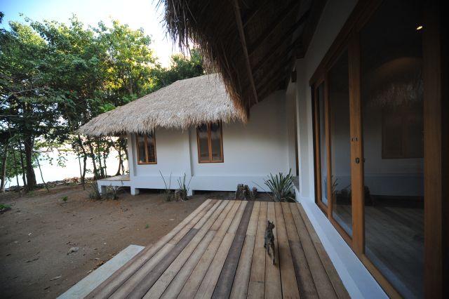 little-moon-villas-apr10-06