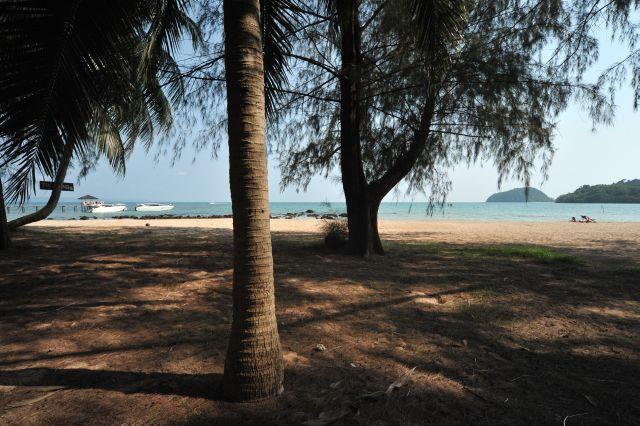 tk-hut-resort-apr10-05