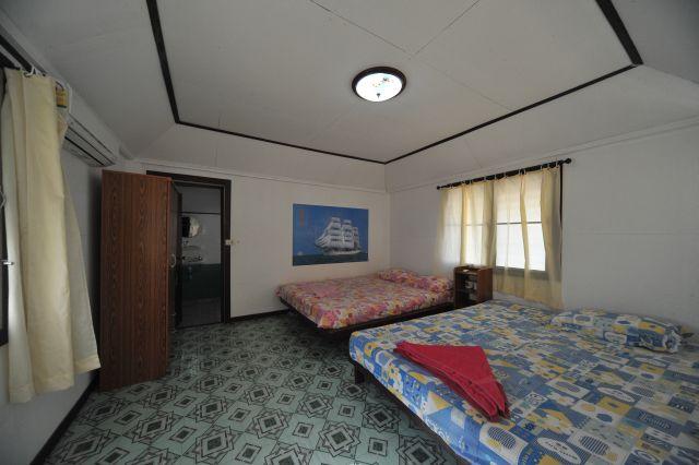 tk-hut-resort-apr10-09