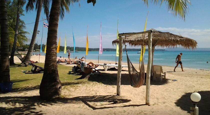 Koh Mak Holiday Beach